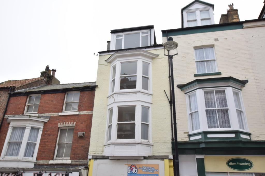 2 Bedrooms Maisonette Flat for rent in Eastborough, Scarborough