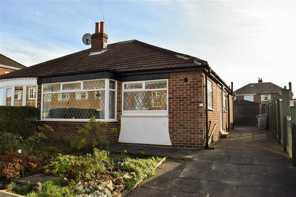 2 Bedrooms Semi Detached Bungalow for sale in West Farm Avenue
