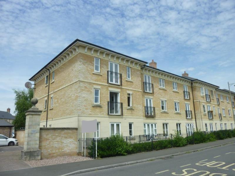 2 Bedrooms Flat for sale in Threshers Court, Carterton, Oxon