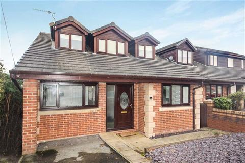 4 bedroom detached house for sale - Lawefield Crescent, Clifton