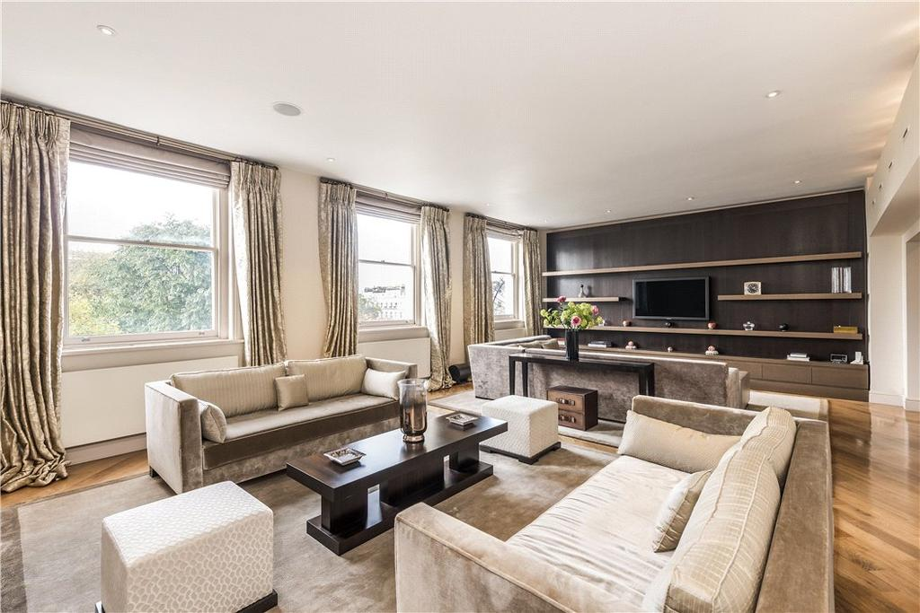 3 Bedrooms Flat for sale in Queen's Gate Gardens, London, SW7