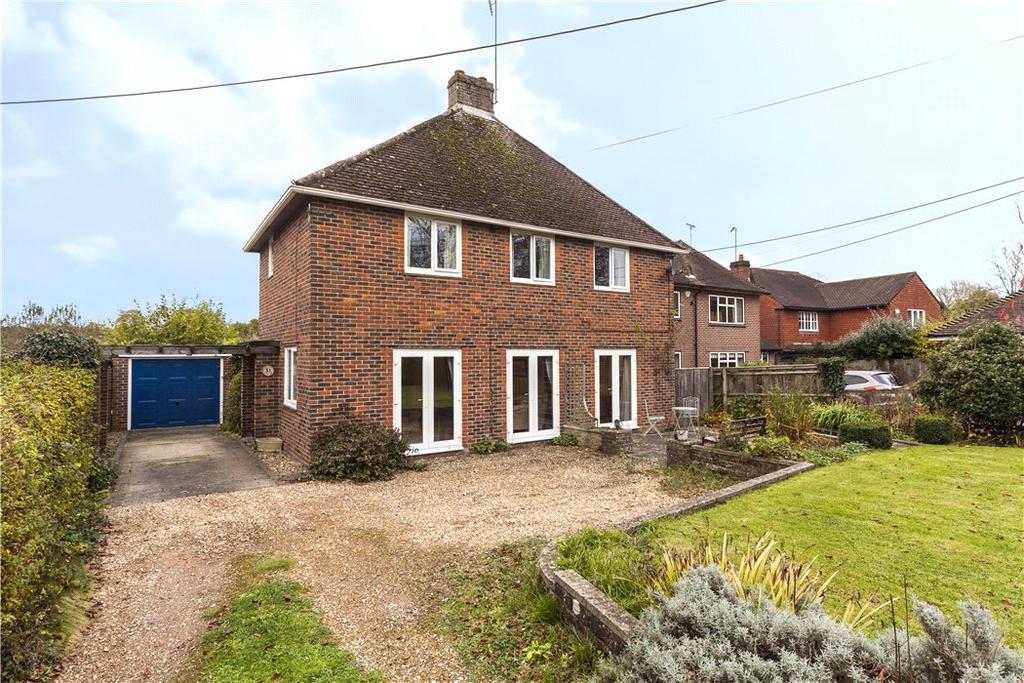 3 Bedrooms Detached House for sale in Bell Road, Warnham, Horsham, West Sussex, RH12