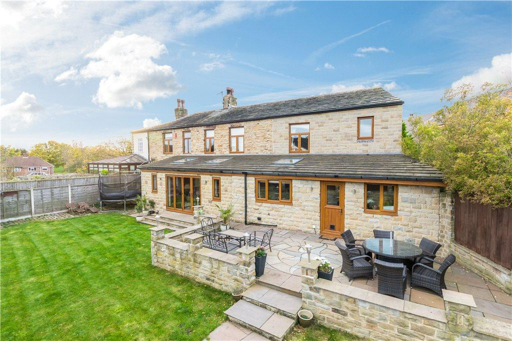 4 Bedrooms Detached House for sale in Highfield House, Horbury Road, Ossett, West Yorkshire
