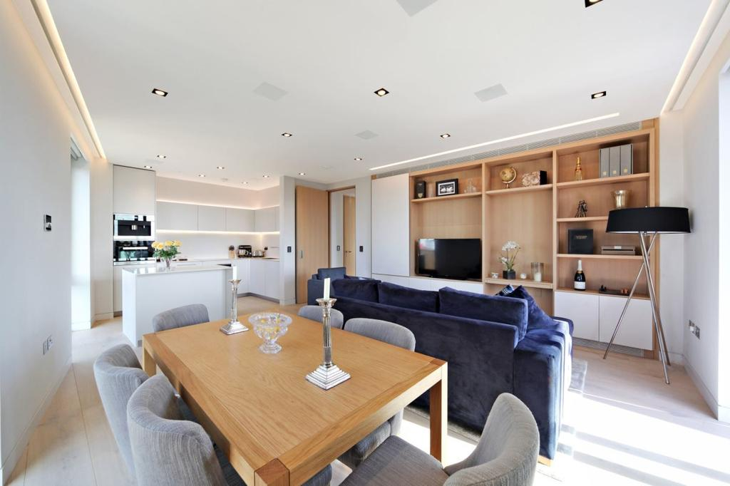 2 Bedrooms Flat for sale in Chatsworth House, One Tower Bridge, London Bridge