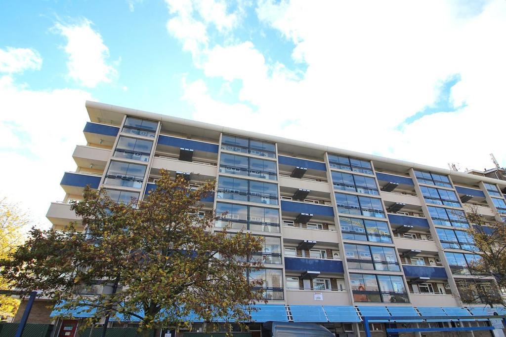1 Bedroom Apartment Flat for sale in The Vineyards, Great Baddow, Chelmsford, Essex, CM2
