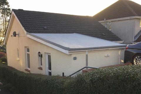 2 bedroom detached bungalow for sale - Lon Mefus, Swansea, SA2