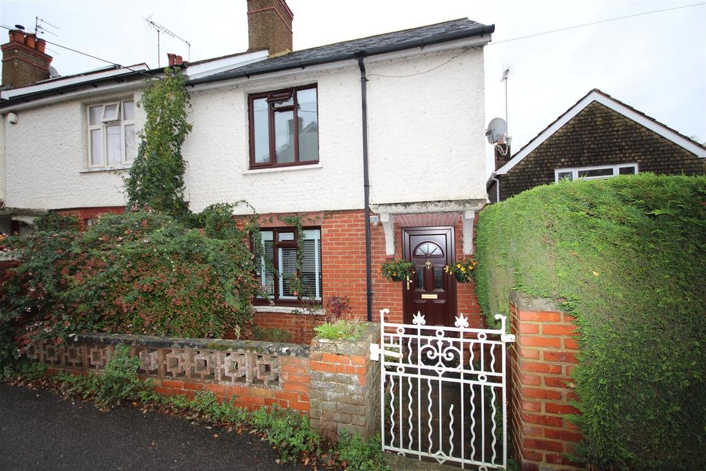 2 Bedrooms Cottage House for sale in Station Road, Henfield