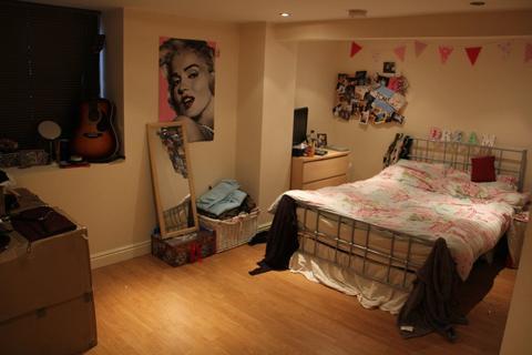 3 bedroom house to rent - Beechwood Grove, Burley Park, LS6 2LT