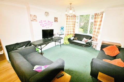 6 bedroom terraced house to rent - Winston Mount, Headingley, LS6 3JY