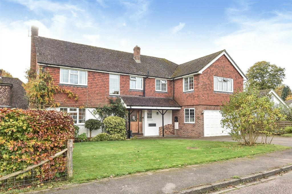 5 Bedrooms Detached House for sale in Headley, Hampshire