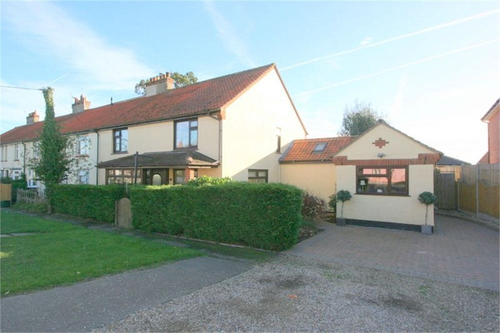 5 Bedrooms Cottage House for sale in Thorpe Road, WEELEY, Essex