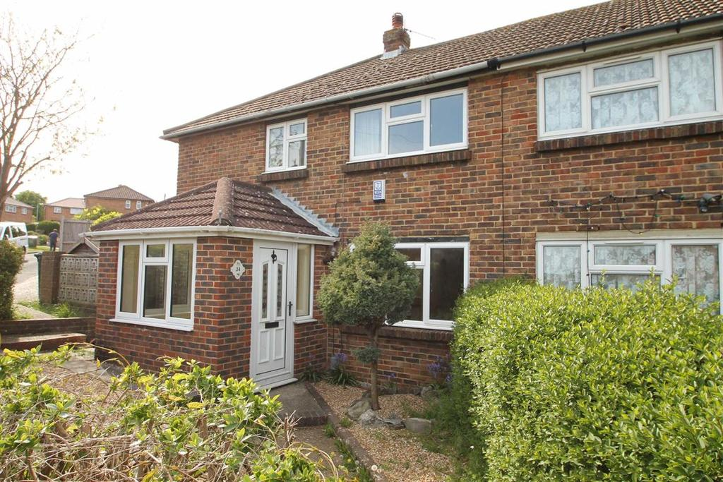 3 Bedrooms Semi Detached House for rent in Stonery Close, Portslade