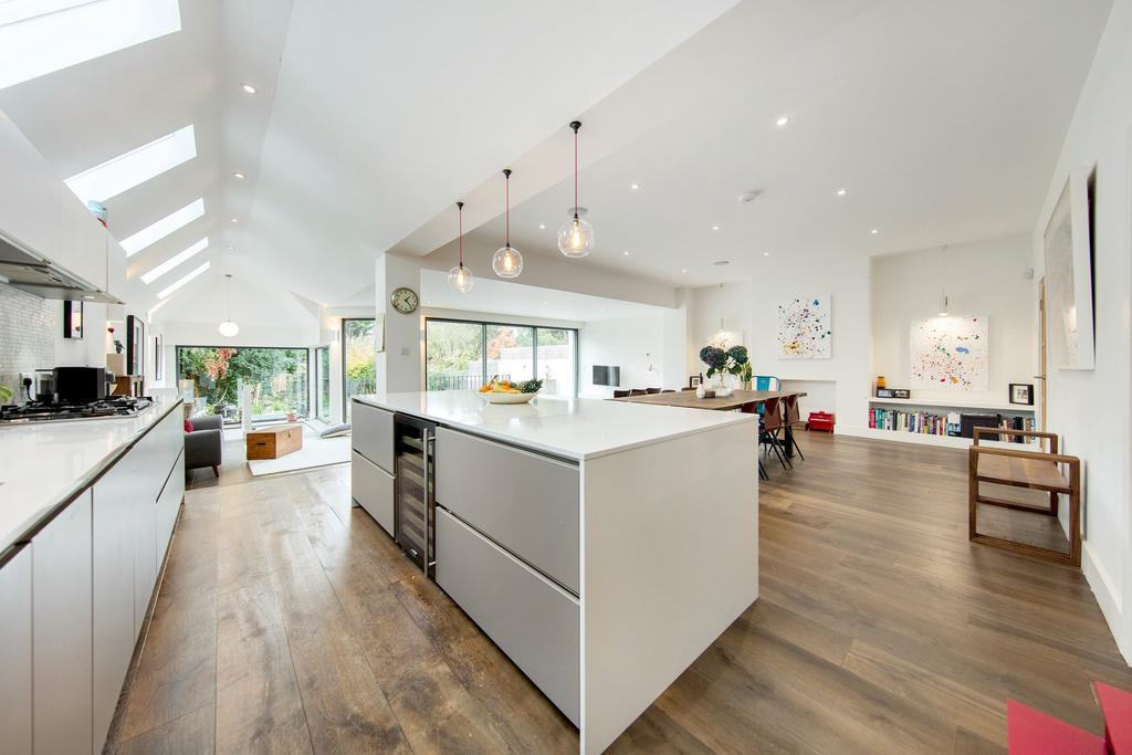 4 Bedrooms Semi Detached House for sale in Mount Pleasant Road, NW10