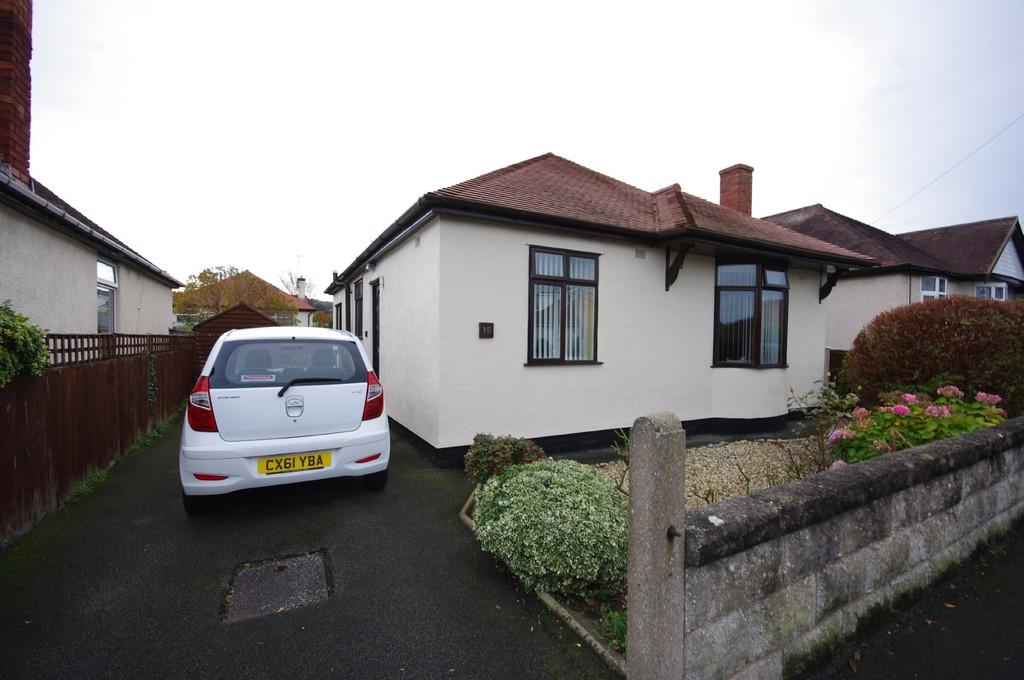2 Bedrooms Detached Bungalow for sale in St. Annes Avenue, Prestatyn