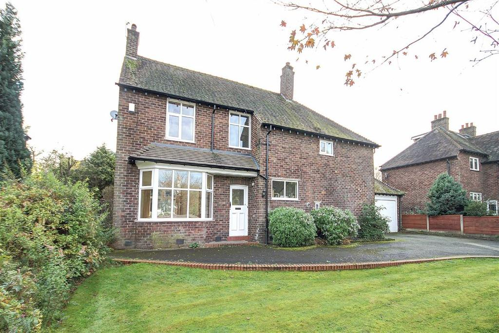 4 Bedrooms Detached House for sale in Oldfield Road, Altrincham, Cheshire