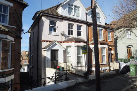 2 bedroom apartment for sale - East Cliff Gardens, Folkestone, CT19