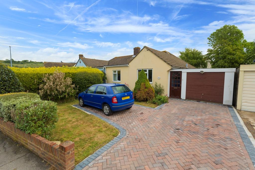 2 Bedrooms Semi Detached Bungalow for sale in Palmarsh Avenue, Hythe, CT21