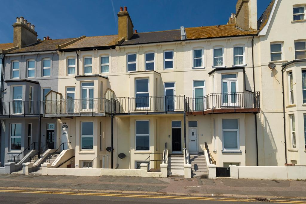 1 Bedroom Apartment Flat for sale in West Parade, Hythe, CT21