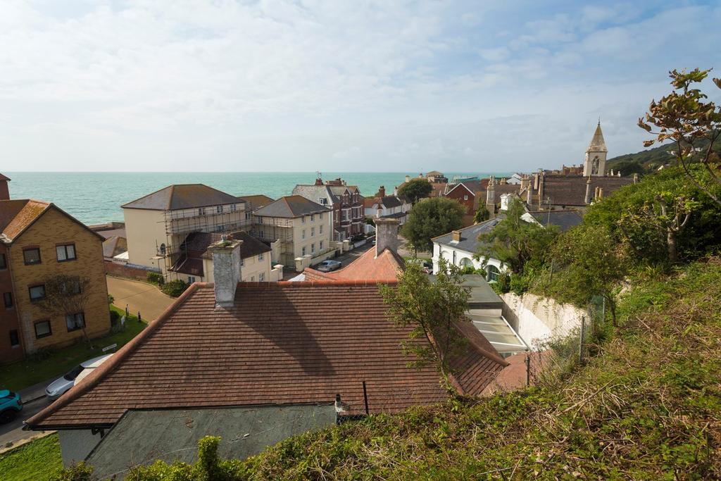 4 Bedrooms Detached Bungalow for sale in The Riviera, Sandgate, Folkestone, CT20