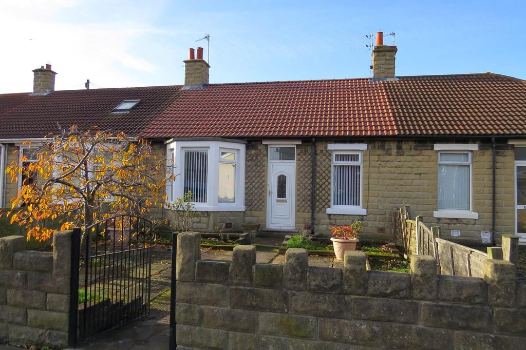 2 Bedrooms Terraced Bungalow for sale in Milburn Road, Ashington