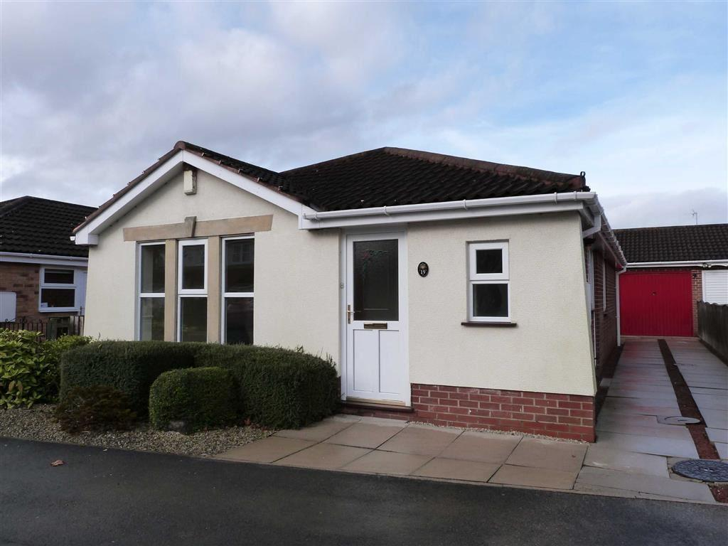 3 Bedrooms Detached Bungalow for sale in Harper Close, Pocklington