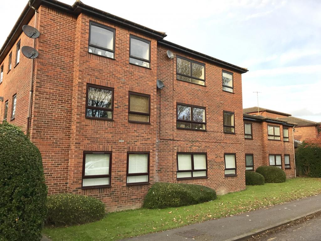 1 Bedroom Flat for sale in 25 The Paddocks, Savill Way
