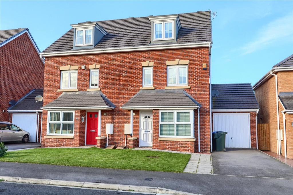 4 Bedrooms Semi Detached House for sale in The Covert, Coulby Newham