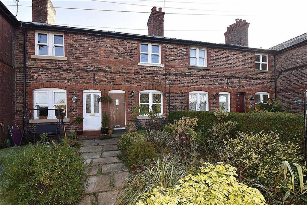 2 Bedrooms Terraced House for sale in Clarence Terrace, Bollington, Macclesfield
