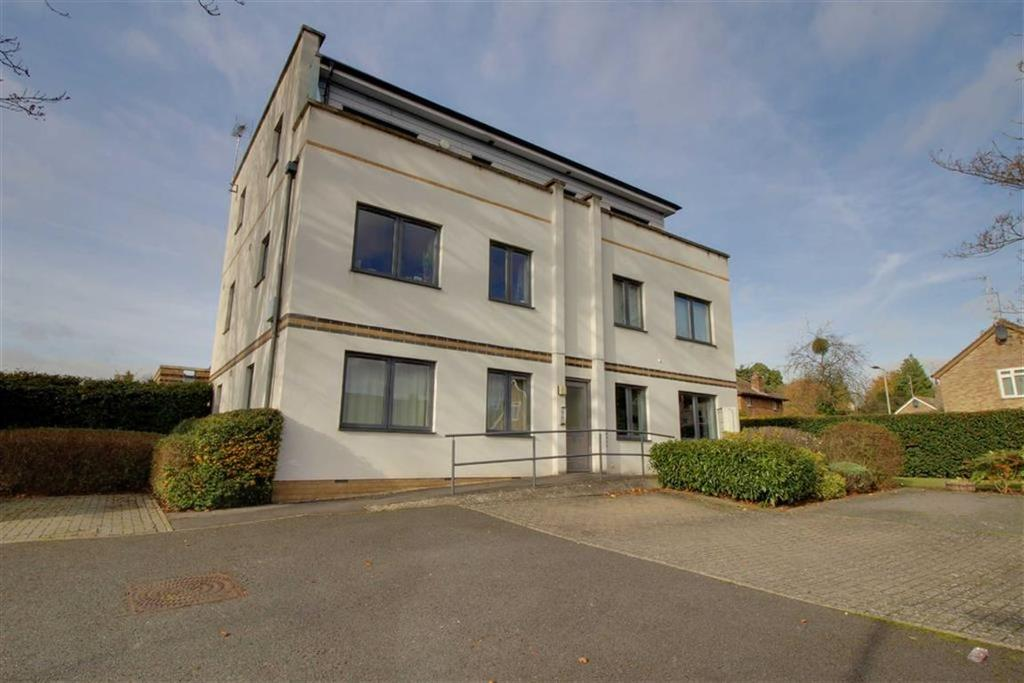 1 Bedroom Apartment Flat for sale in Griffiths Avenue, Cheltenham, Gloucestershire