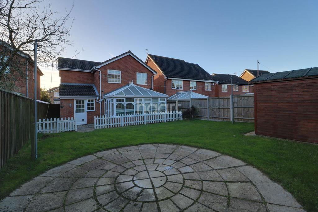 4 Bedrooms Detached House for sale in Wharfedale, Carlton Colville