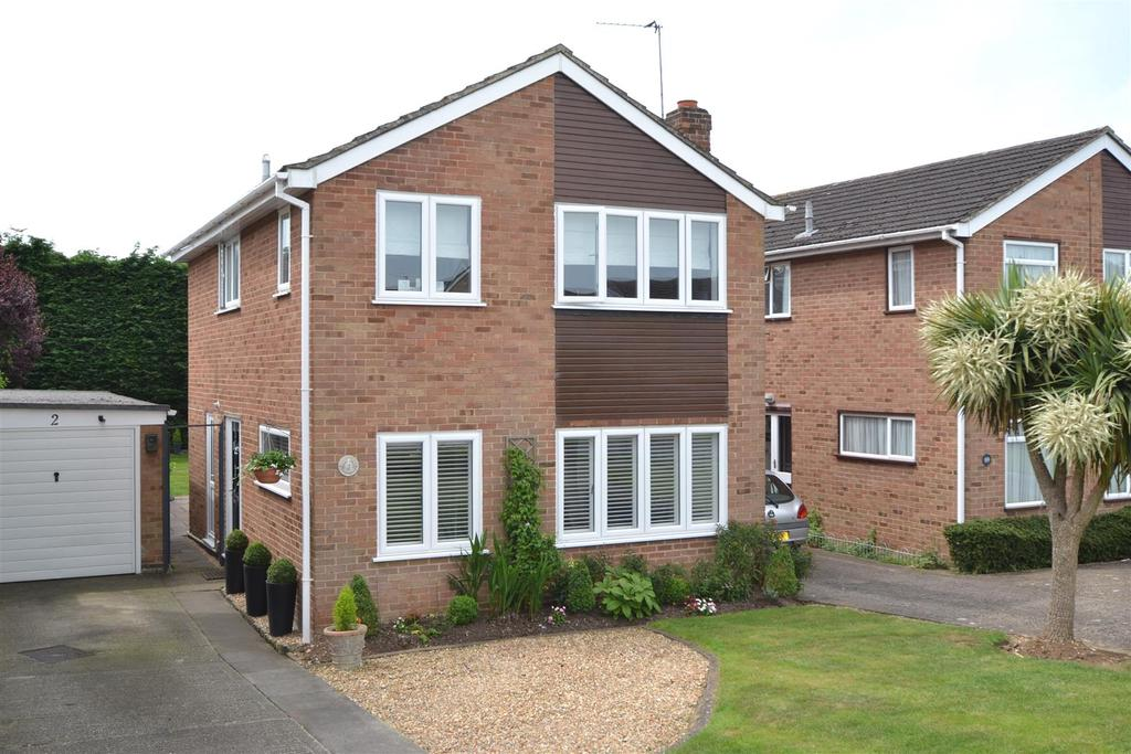 3 Bedrooms Detached House for sale in Paget Drive, Maidenhead