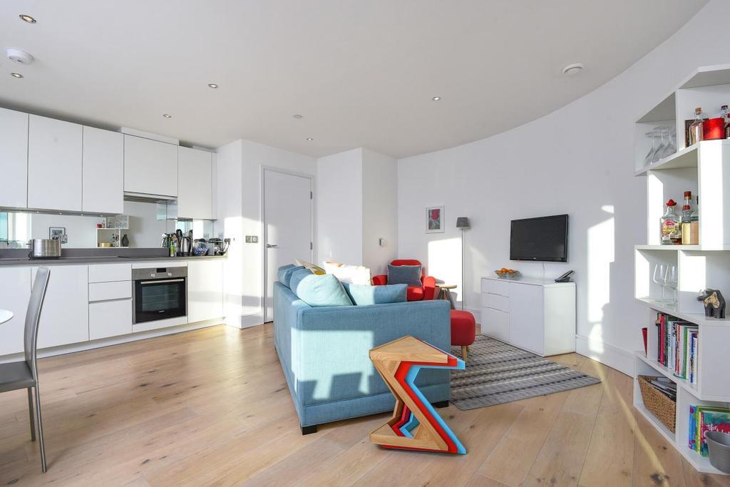 1 Bedroom Flat for sale in St. Luke's Avenue, Clapham