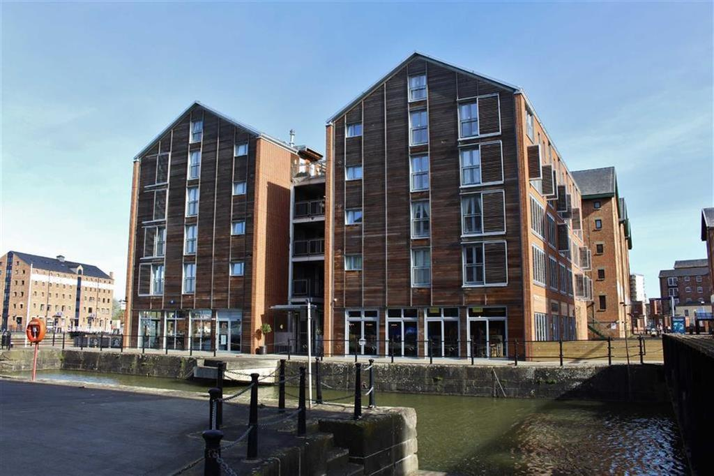 2 Bedrooms Duplex Flat for sale in The Docks, Gloucester