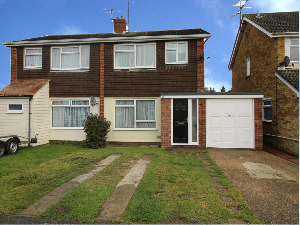 3 Bedrooms Semi Detached House for sale in Bury Close, Marks Tey, Colchester, Essex, CO6