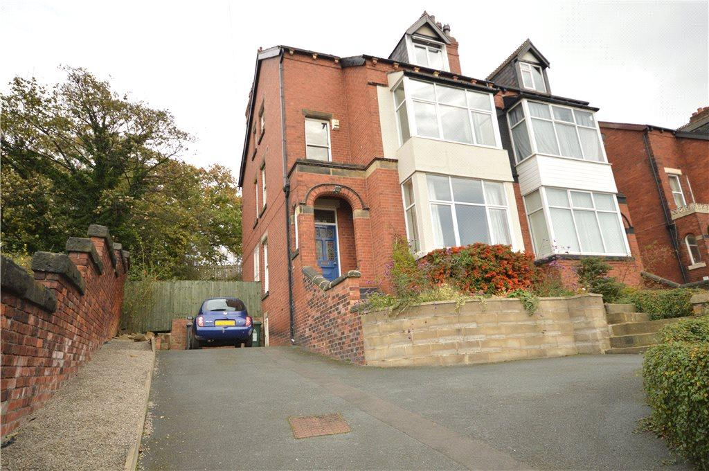 6 Bedrooms Semi Detached House for sale in Morris Lane, Kirkstall, Leeds
