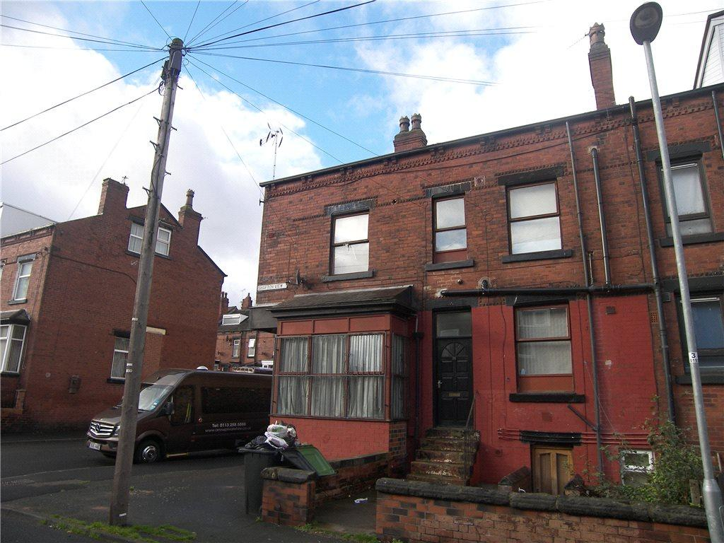 7 Bedrooms Terraced House for sale in Shafton View, Leeds, West Yorkshire