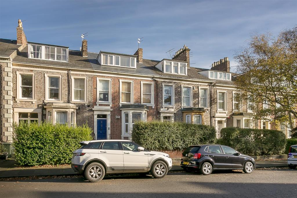 2 Bedrooms Flat for sale in Akenside Terrace, Jesmond, Newcastle upon Tyne