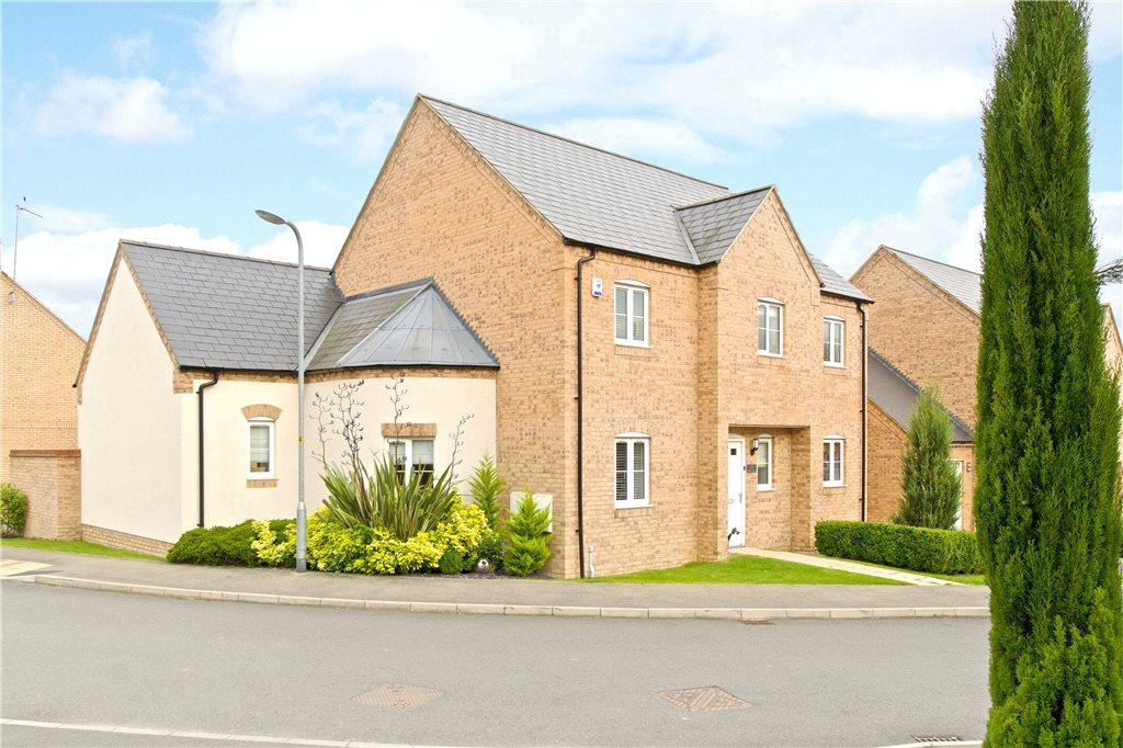 4 Bedrooms Detached House for sale in Bliss Close, Nether Heyford, Northamptonshire