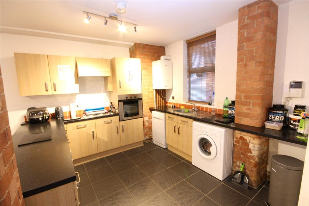 2 Bedrooms Flat for sale in Mill View Court, Vernon Street, Lincoln, Lincolnshire, LN5