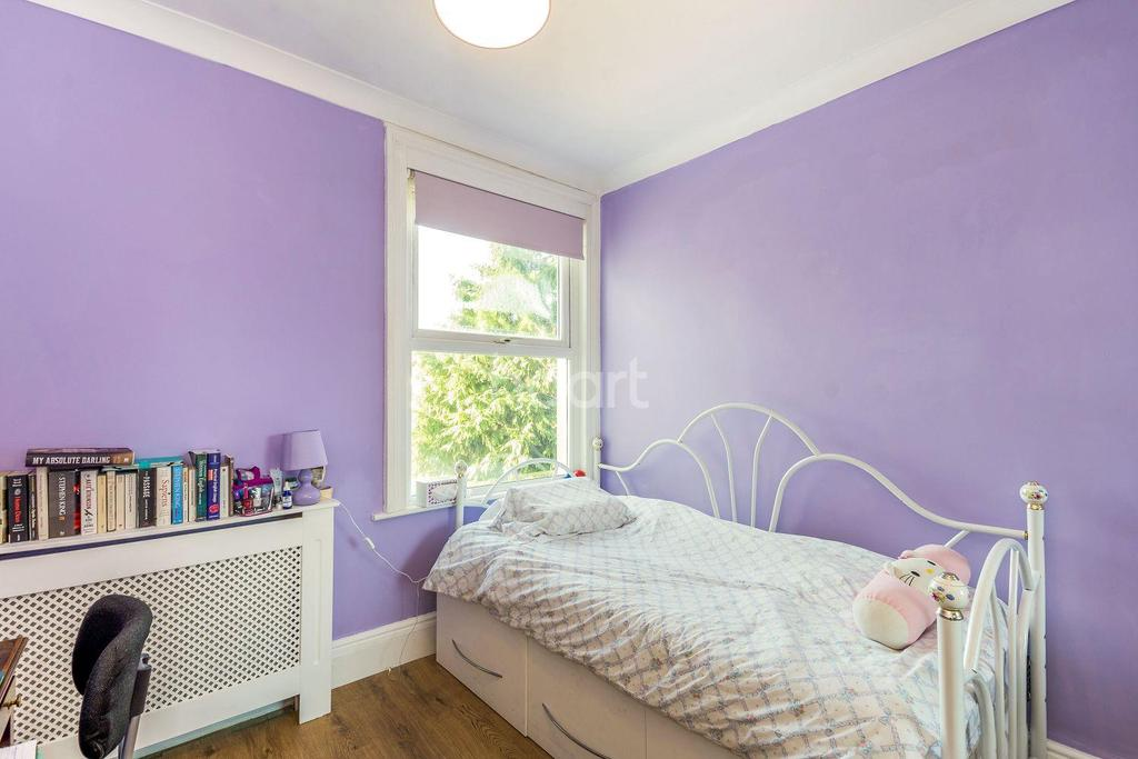 3 Bedrooms End Of Terrace House for sale in Norman Road, Thornton Heath, CR7