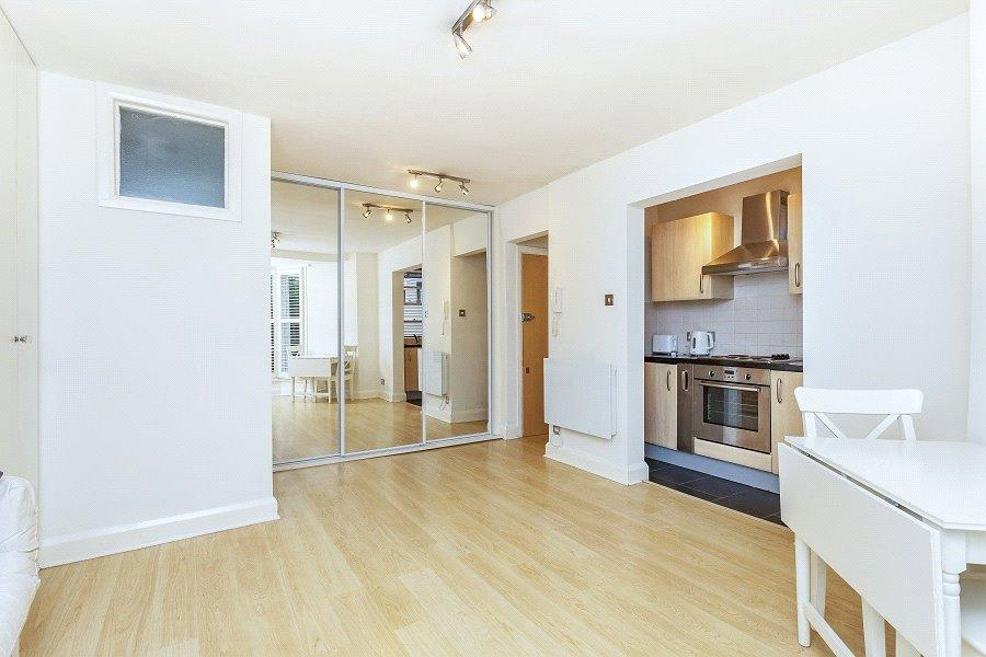 Studio Flat for sale in Cliff Court, Cliff Road, Camden Town, London, NW1