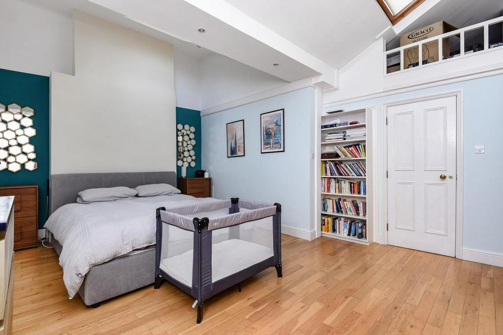 Bed Flat Crystal Palace Sale