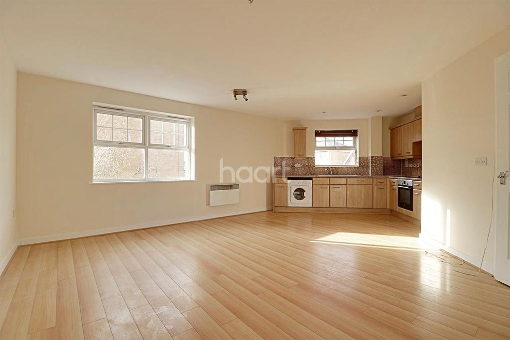 2 Bedrooms Flat for sale in Scott Road, Edgware, HA8