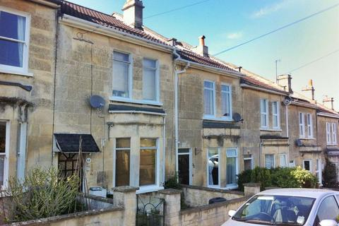 4 bedroom house to rent - Malvern Buildings