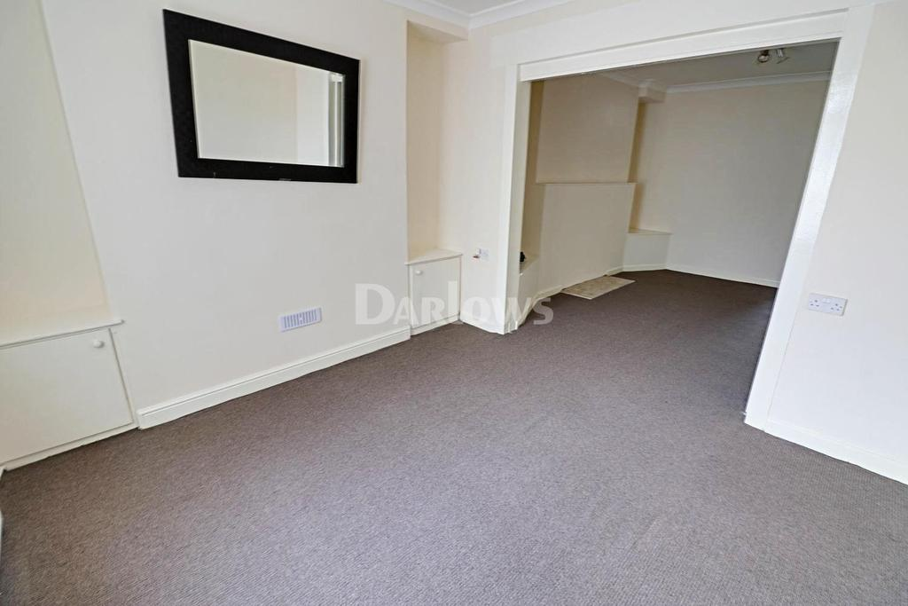 3 Bedrooms Terraced House for sale in Coopers Terrace, Ystrad Mynach