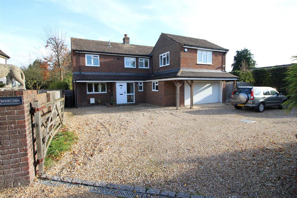 4 Bedrooms Detached House for sale in Tidmarsh, Reading