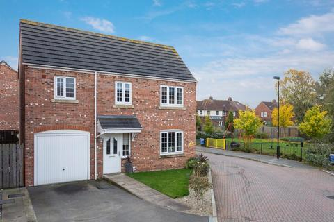 4 bedroom detached house for sale - Mallard Close, Osbaldwick Lane, York