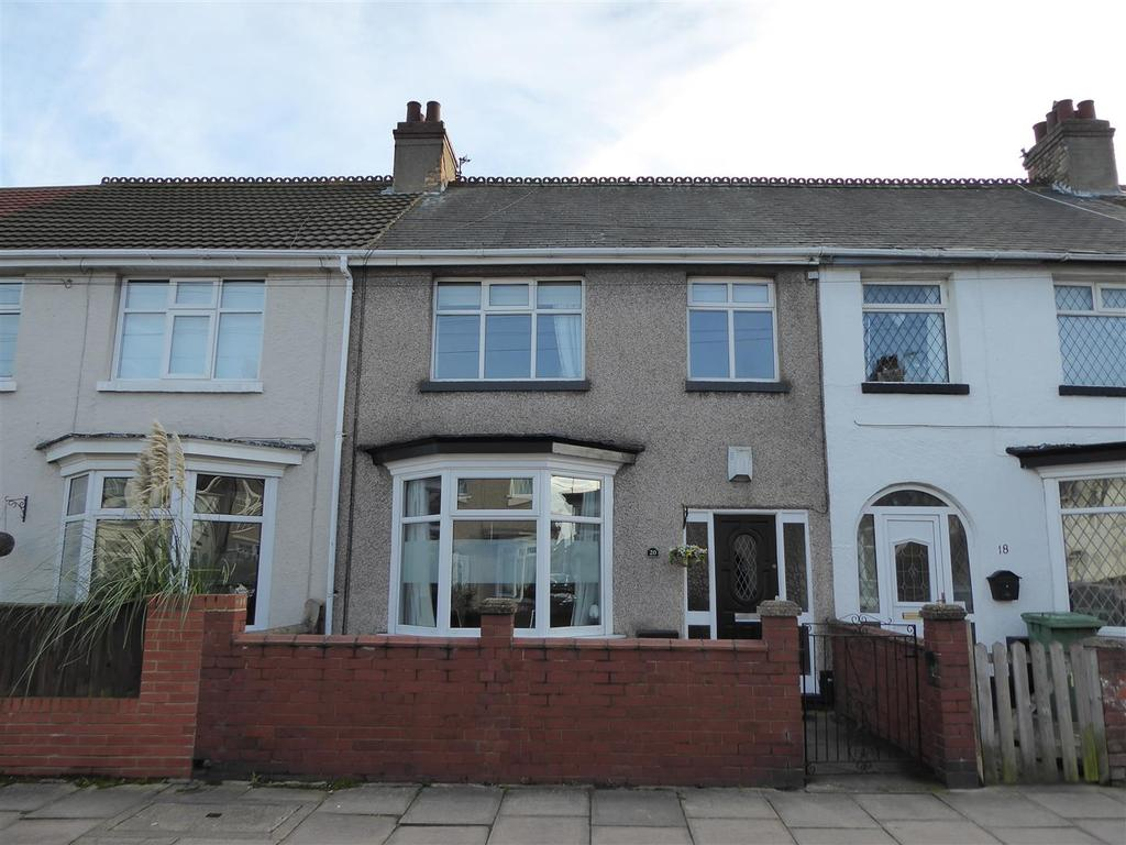 3 Bedrooms Terraced House for sale in Warneford Road, Cleethorpes