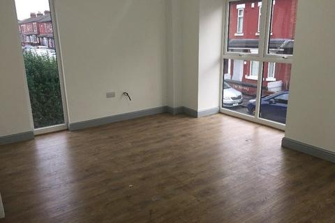 3 bedroom apartment to rent - Mayford Rd, Manchester M19
