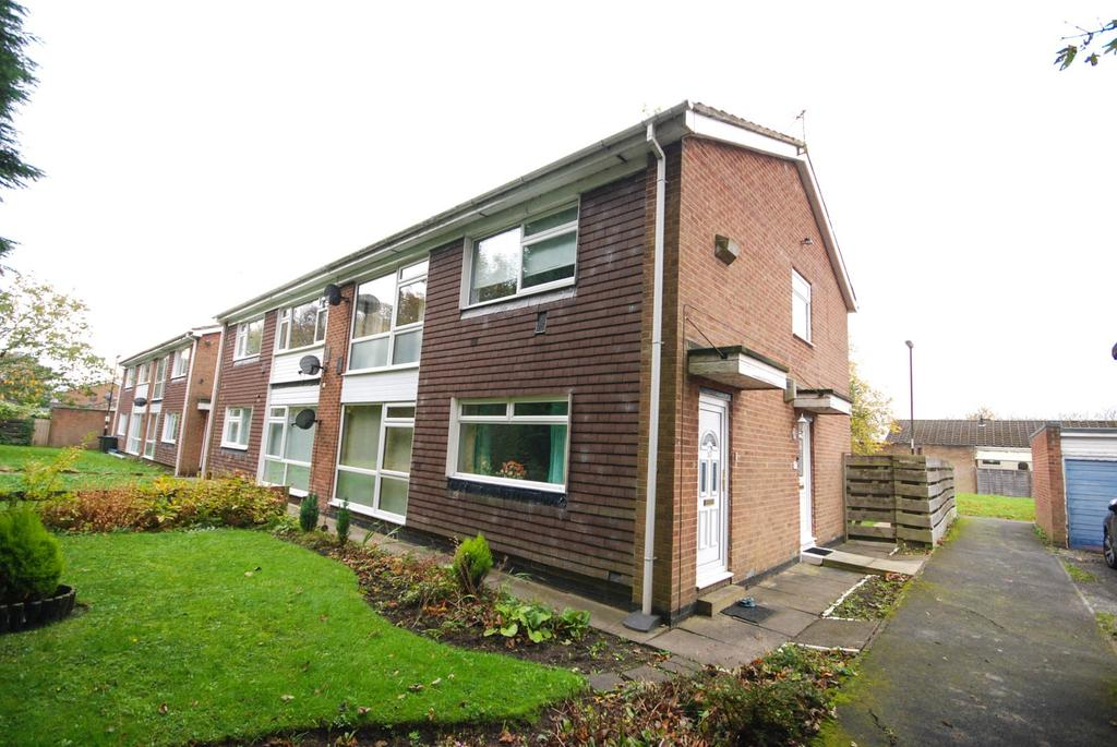 2 Bedrooms Flat for sale in Aidan Close, Wideopen